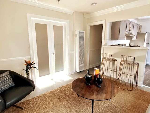 Newly Renovated Modern Vintage WEHO Bungalow