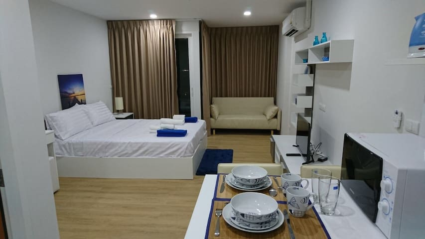 Ozone condotel. Close to kata beach - Karon - Apartment