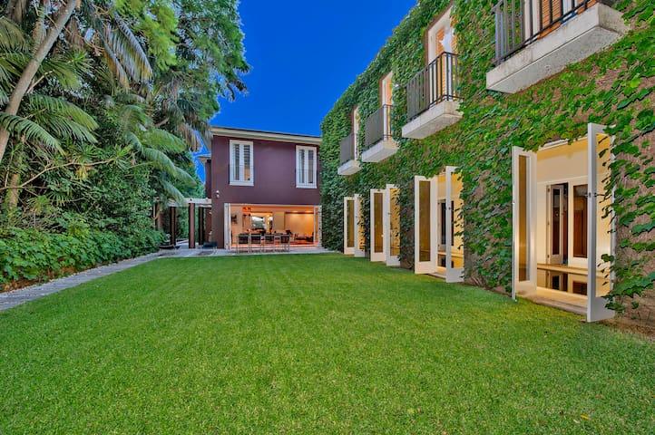 Bellevue Hill Grand Estate