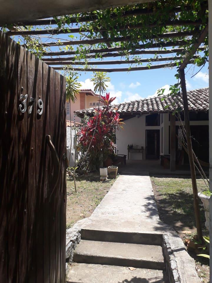 Lindo Apartamento anexo a casa principal Guaxuma.