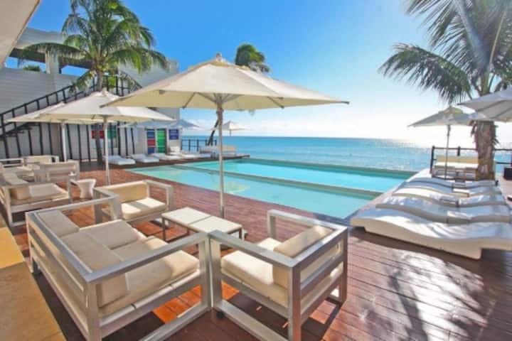 Beachside La Lotería, beachclub privado, ideal Fam