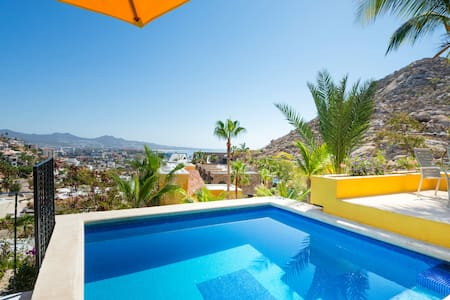 Villa Los Geckos, Walk to Town, Private, WiFi