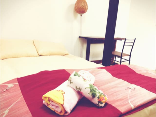 Rooms for family,couples,females near Kyoto,Lake