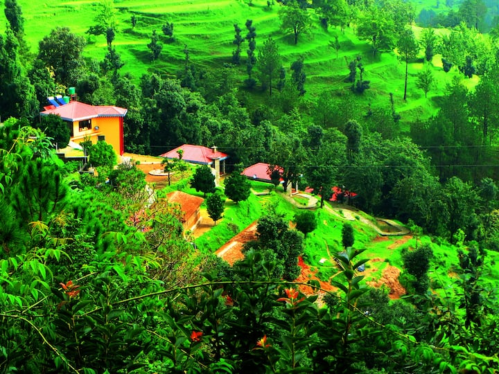 Himalaya Darshan Resort Kausani