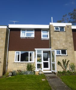 Town house 5 min walk to centre - Sherborne - Hus