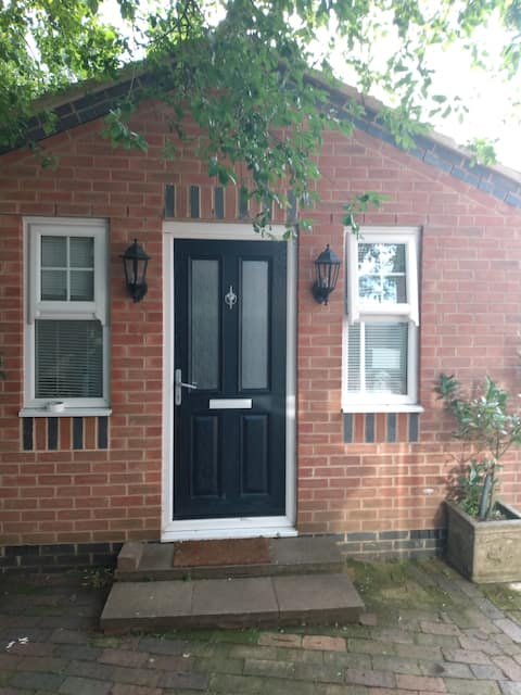 Self contained annexe in a semi rural location