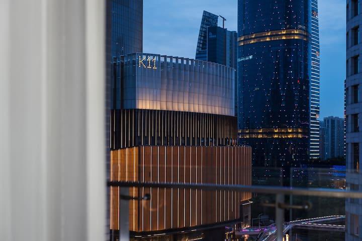 【Eleven-灰白】【中央空调暖气】【巨幕投影】珠江新城-花城汇-兴盛路酒吧街-K11-W酒店~