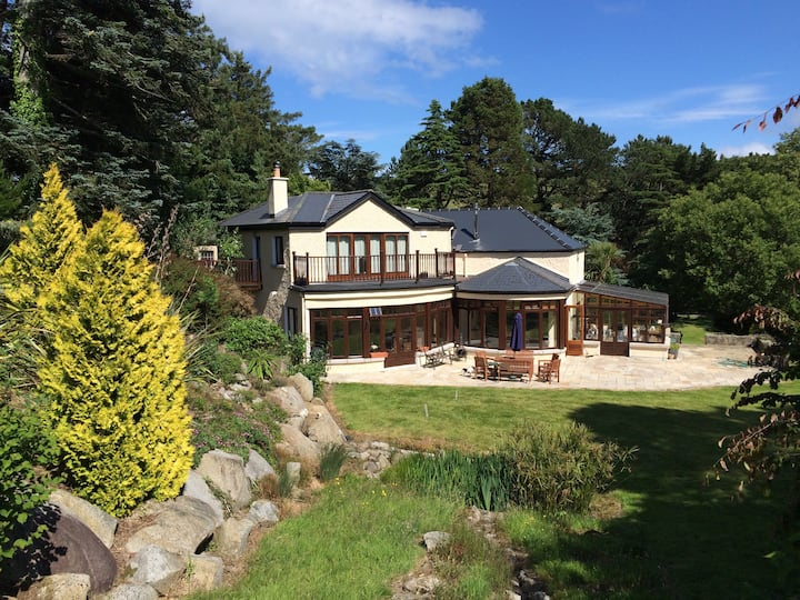 Country House & gardens,golf/hiking