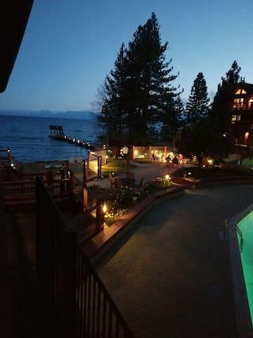 Edgelake Beach Club Resort - 2 bd/2 bth Downstairs