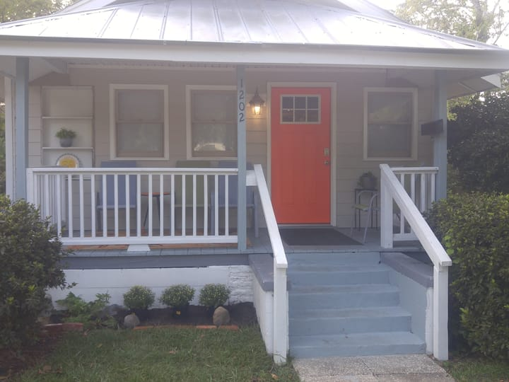 Midtown Bungalow on the Cross City Bike Trail!