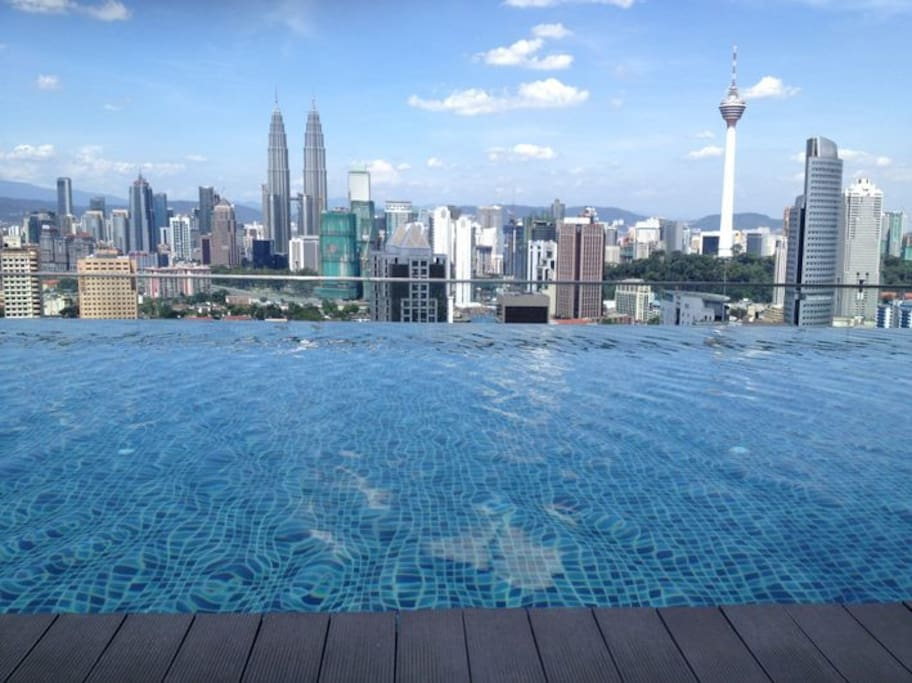 Beautiful View from the roof top Infinity Pool