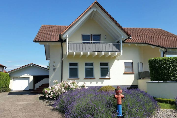 Gästezimmer Tautropfen ca. 5 min Europa-Park Rust