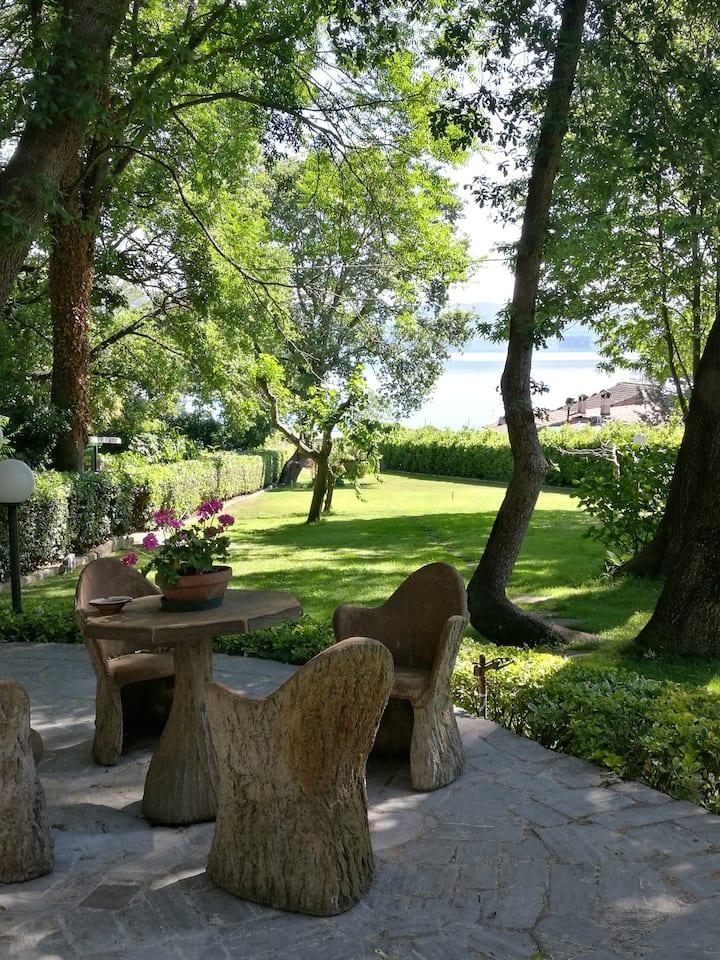 Lago di Vico Guest House