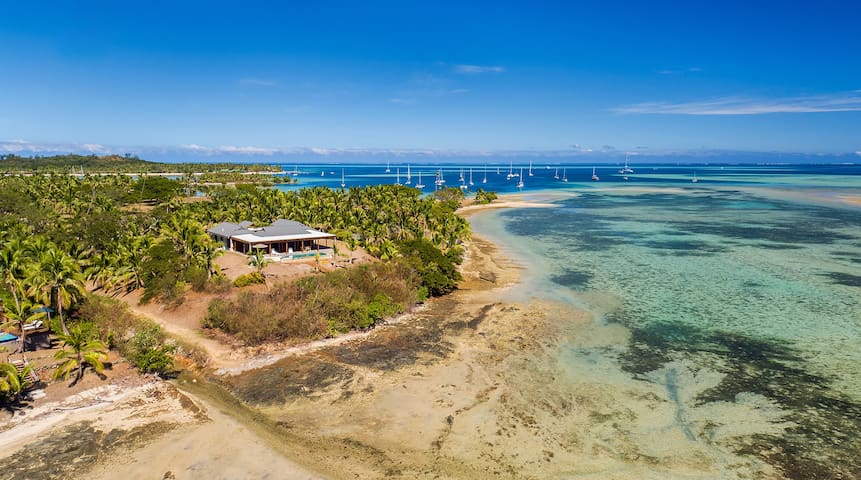"Vale I Yata (Varlay E Yar-tar) - Meaning ""House on Top"" is a Luxury Beachfront Home with breathtaking views of the Mamanuca and Yasawa Islands. The House features 2 master bedrooms with king beds and ensuite, and 2 rooms with king or singles and shared bathroom."