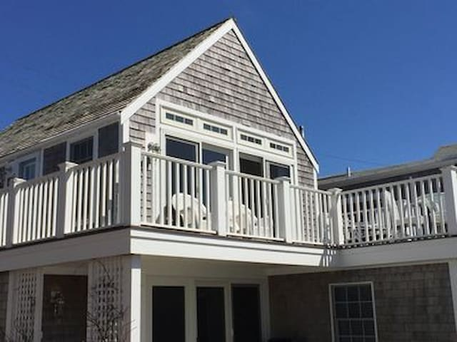 Pristine West End Oceanfront with brand new reno!