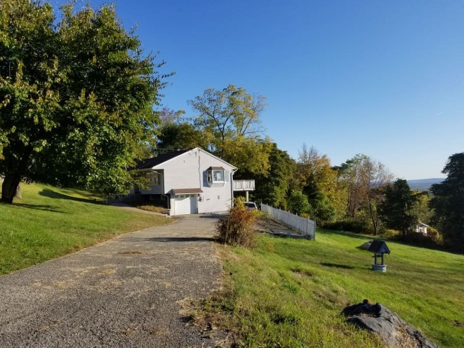 Peaceful independent and quiet house on the hill. Yard size(front+ bakc) is 1 acre.