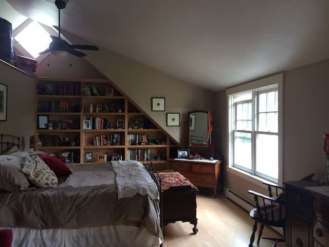 Master suite in expanded New England Cape - Lyme - House