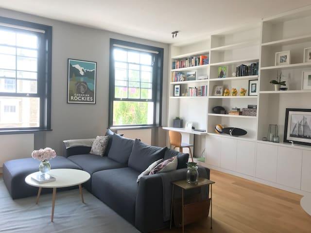 Stunning 2 bedroom Notting Hill apartment