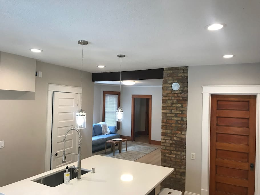 6 can lights and two pendent lights on separate dimmer switched