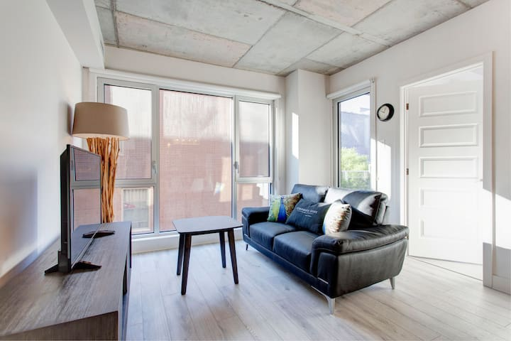 Classy 1BDR in Downtown Montreal - Montréal - Apartment