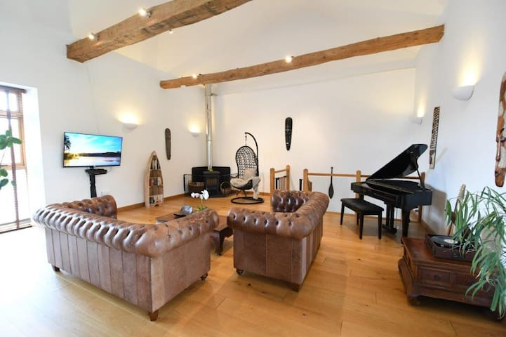 Stunning barn conversion on the Blackdown Hills