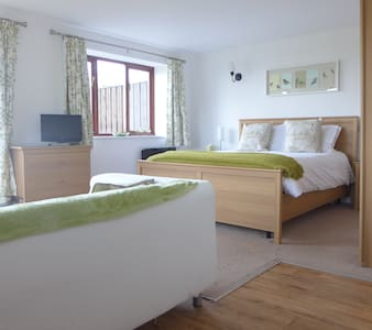 Ruardean Studio at The Rock B&B - Coleford - Bed & Breakfast