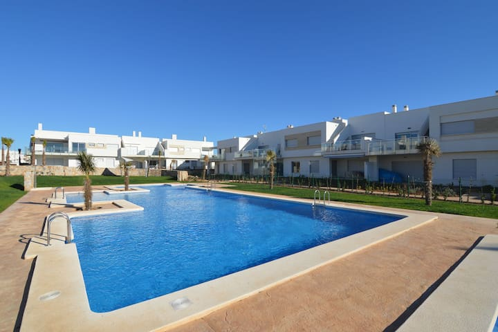 Pleasant Holiday Home in 	Los Montesinos with Swimming Pool