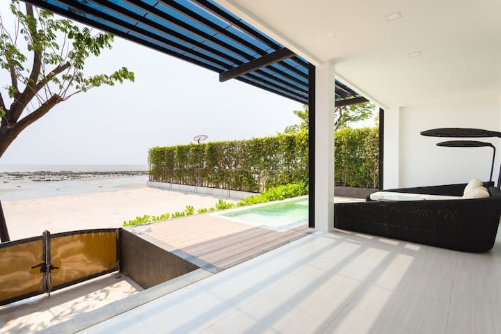 Stylish Beachfront Villa, with Pool Chonburi - Chon Buri - Hotel butique