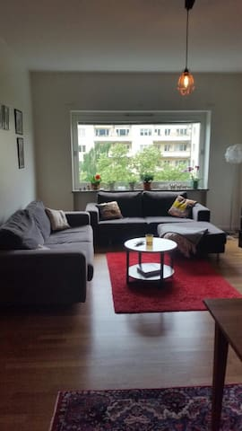 Lovely room in well-located area! - Malmö