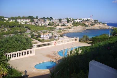 Haus mit Meerblick + Pool mit 3 Minuten zum Stand - Cala Murada