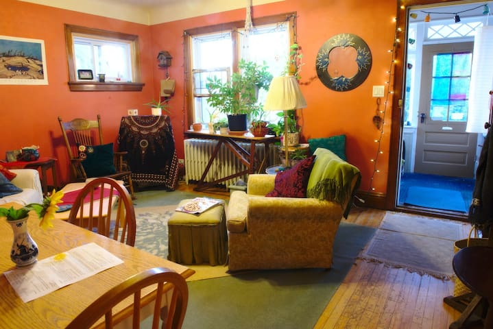 Charming apartment near downtown Sudbury & nature - Sudbury - Appartement