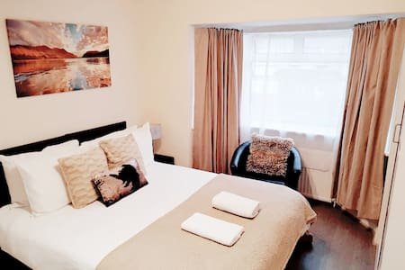 In this room you have the option of either a King size bed or two Single beds