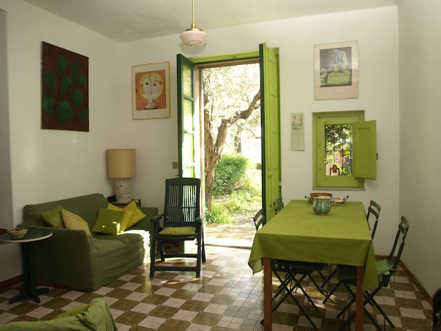 Cozy romantic cottage in olive plantation - San Gregorio di Catania - Casa