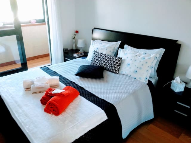 Charming Apartment @Casa da Musica Center of Porto