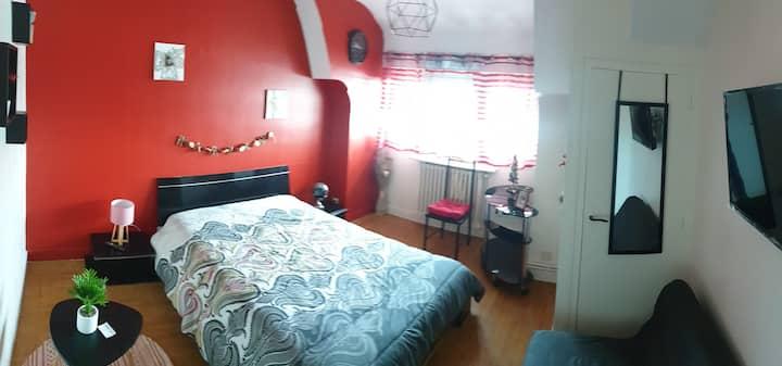 """Chambre """"Romantique"""" avec vue sur la Loire"""