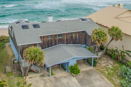 Direct Oceanfront Private 2 bedroom North Villa - Melbourne Beach - Casa de camp