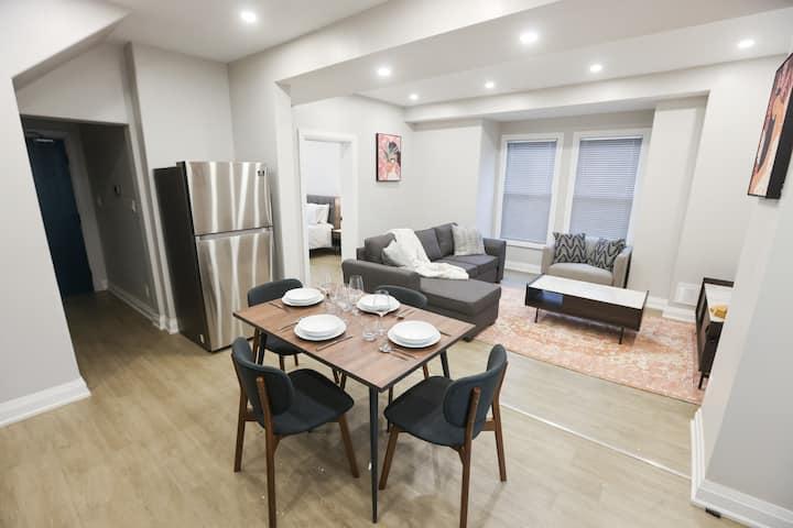 """""""Hamilton Luxurious & Cozy  apartment"""""""