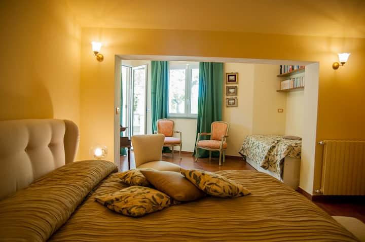 Corinthia Suite Apartment