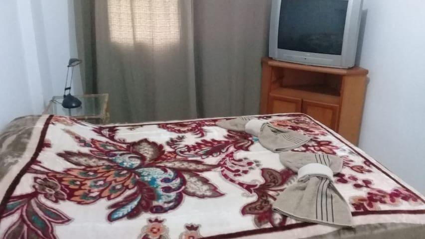 Apartamento semi mobiliado, ambiente familiar