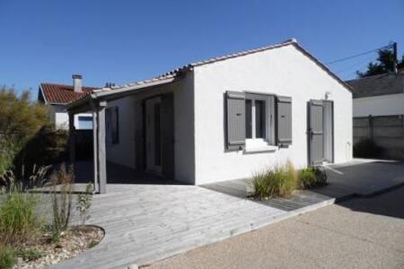 Agréable Maison de Vacances - MAIS 136 - La Faute-sur-Mer