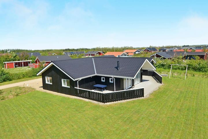 Spacious Holiday Home in Tarm Jutland with Indoor Whirlpool