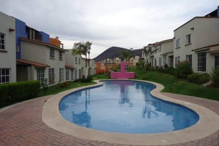 CASA CON VISTA AL LAGO DE CHAPALA - Jocotepec - Σπίτι