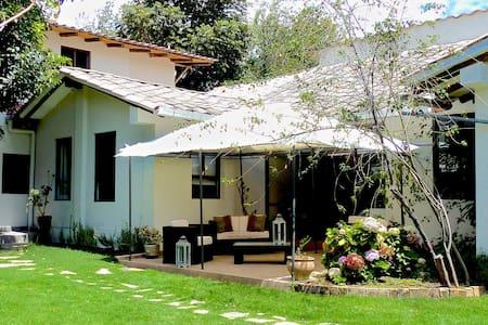 Hotel Casa de Campo Santa Rosa - Cajamarca