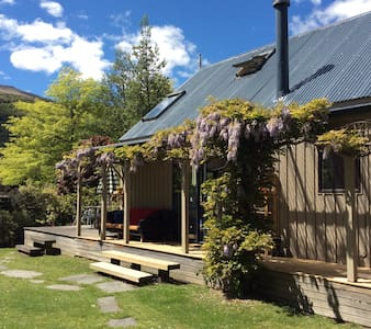 Summers Way - Arrowtown