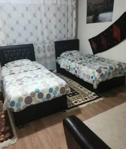 Gerçek köy evinde 4 kisilik oda