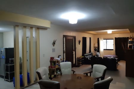 Fast Wifi w/backup GOOD WORK ENVIRONMENT 4BR 8Bed