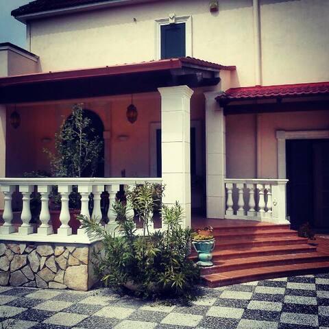 L'Arca B & B- Camera Matrimoniale - Taranto - Bed & Breakfast