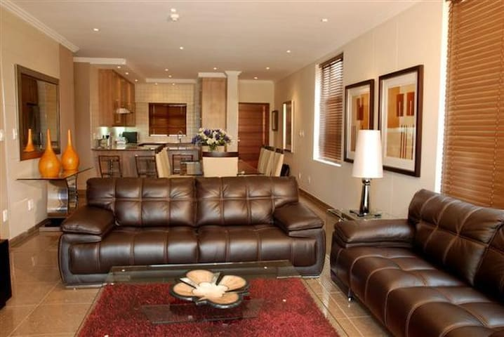 Bedford Centre Apartments - Germiston - Apartamento