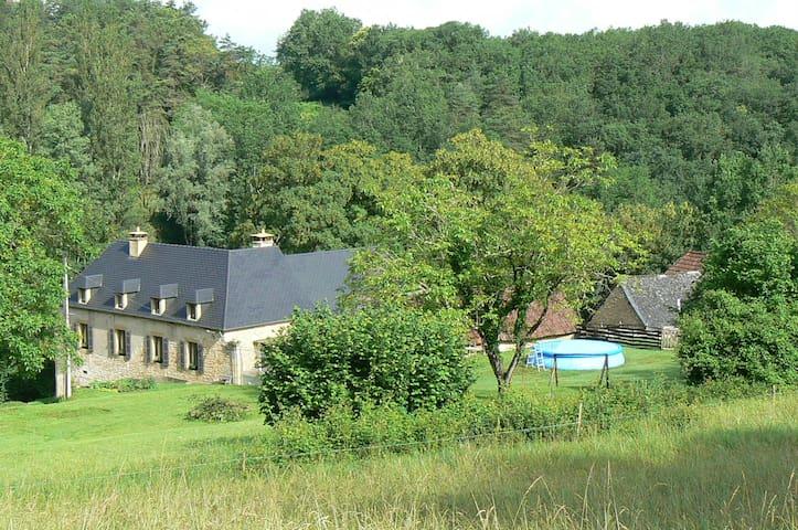charmant studio 2 pers. au calme, à 3km Lascaux lV - Montignac - Lägenhet
