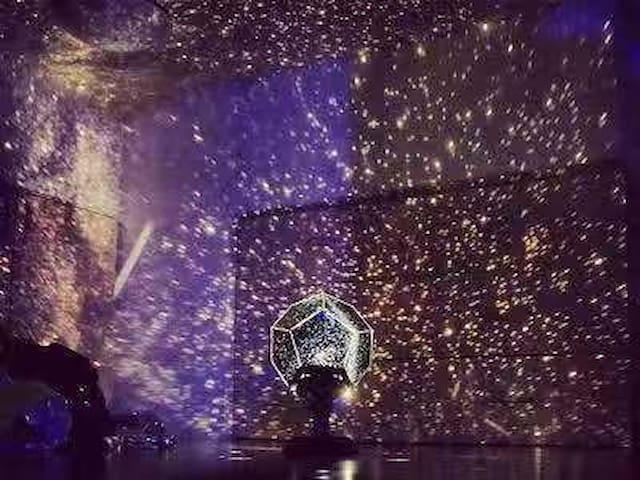 星空仪,营造烘托气氛 Starry sky, creating a setting atmosphere